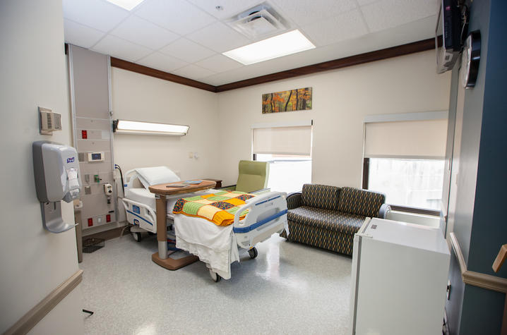 hospice inpatient room