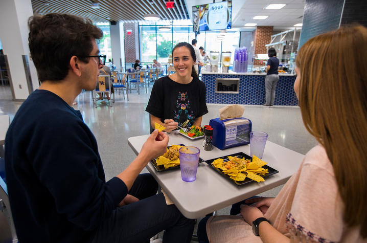 photo of students eating at champions kitchen