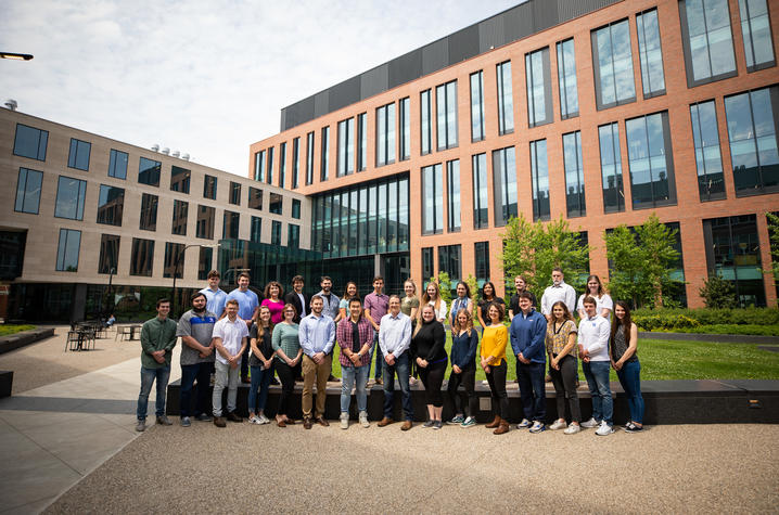 Members of the Gentry and Sun laboratories on May 19, 2021. Photo by Pete Comparoni | UKphoto