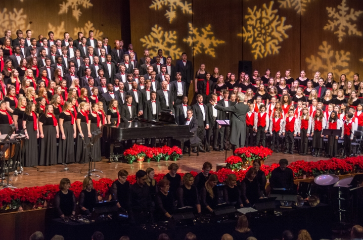 "photo of combined choirs at ""Collage"" 2015"