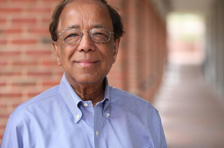 University of Kentucky researcher Dibakar Bhattacharyya has the concept and the means to develop a medical face mask that would capture and deactivate the COVID-19 virus on contact.