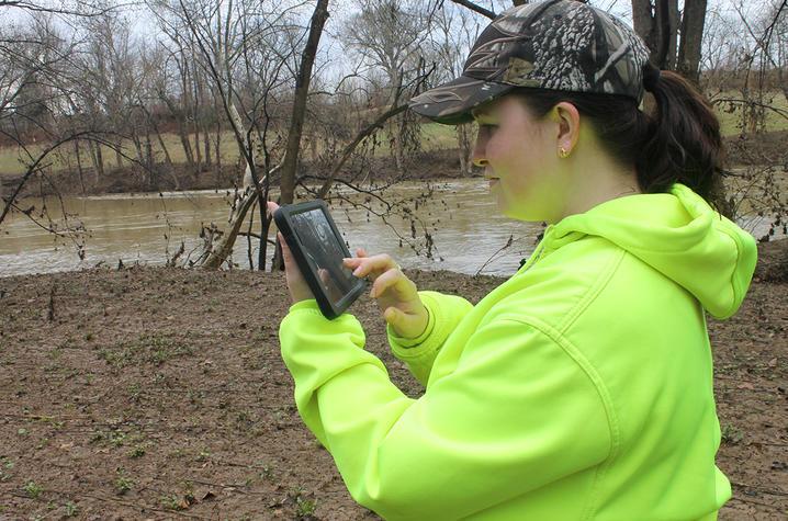 photo of Antonia Hansen of the Kentucky Geological Survey