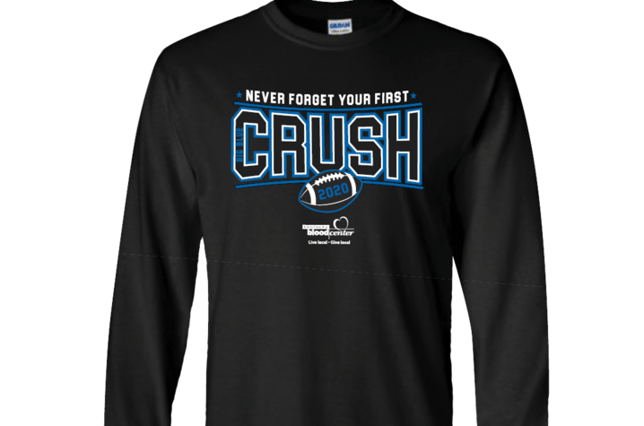 photo of a long-sleeved T-shirt that will be given to each blood donor