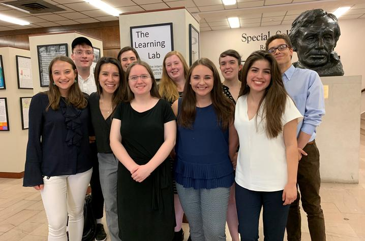 photo of 2018-19 Learning Lab interns in King Library lobby