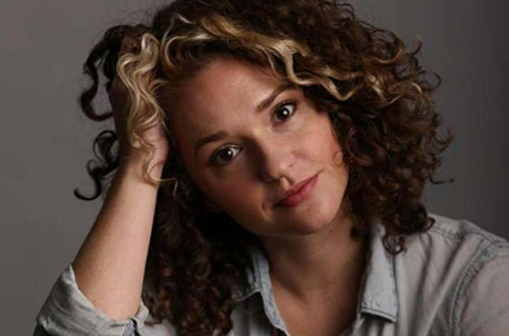 headshot photo of Lauran September