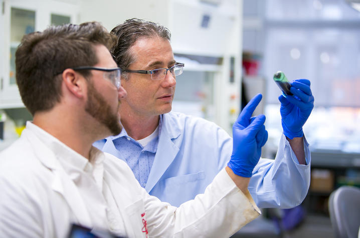Photo of University of Kentucky researcher Matthew Gentry in his lab