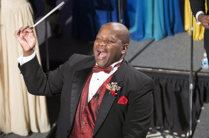 "photo of Everett McCorvey conducting at ""Celebration of Song"""