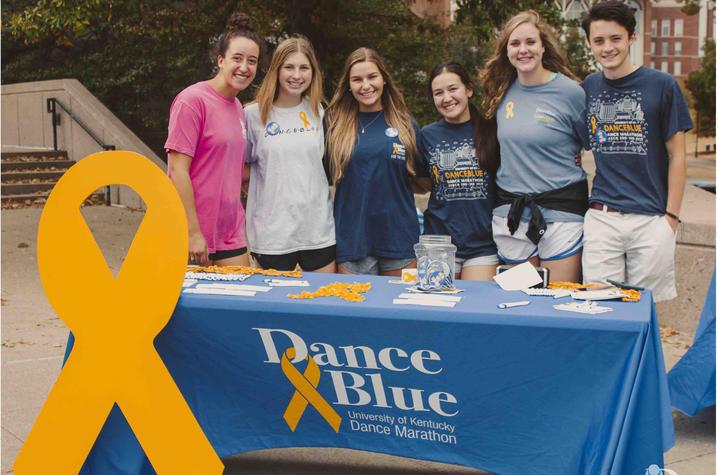 DanceBlue volunteers at table