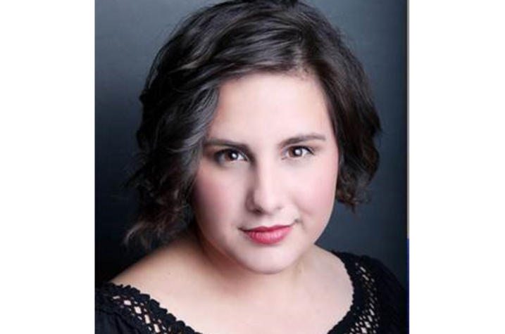 headshot photo of Maggie Smith