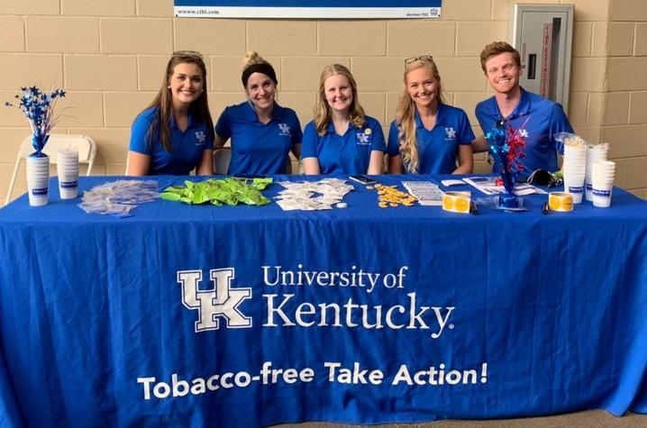 photo of tobacco free ambassadors at event