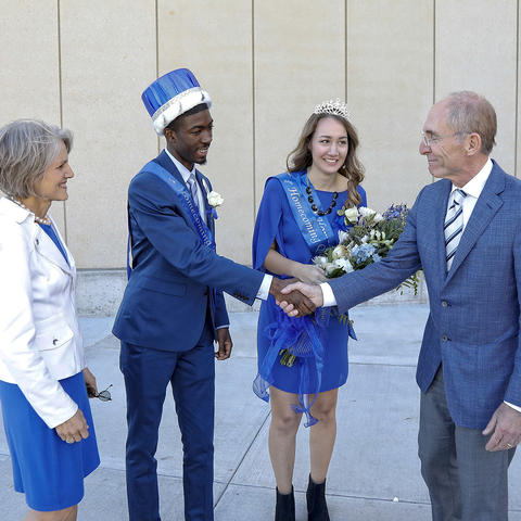 President and Dr. Capilouto congratulate the 2016 Homecoming King and Queen