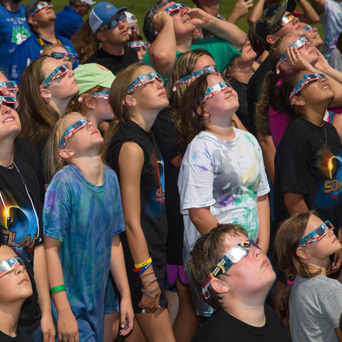 photo of participants at 4-H Solar Eclipse Camp