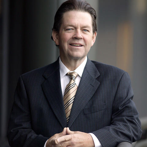 headshot photo of Art Laffer
