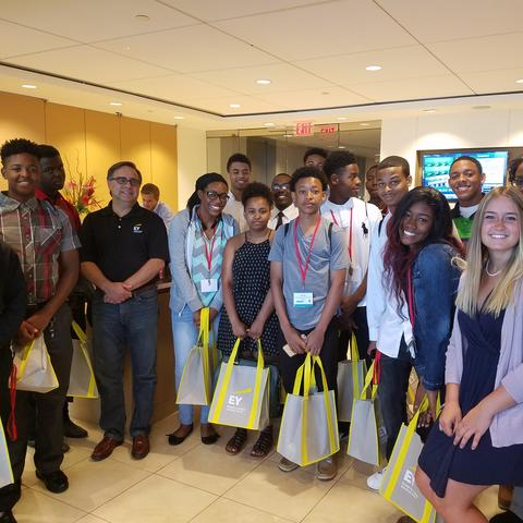 High school students at a previous ACAP summer program