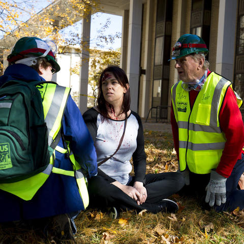 C-CERT training exercise where two responders help a victim