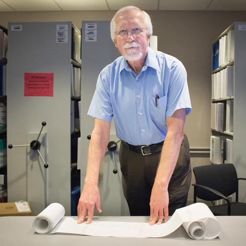 Photo of Dr. Edward Kasarskis