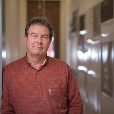 photo headshot of Bruce Swetnam