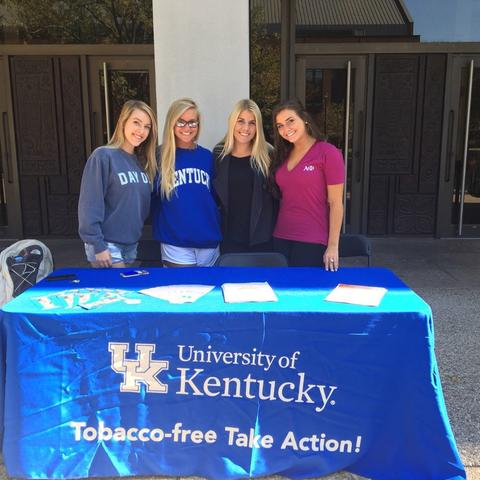 Tobacco-free ambassadors tabling during Kick It Kentucky! Week