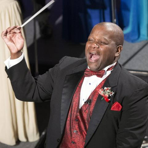 "photo of Everett McCorvey conducting at ""Celebration of Song"""