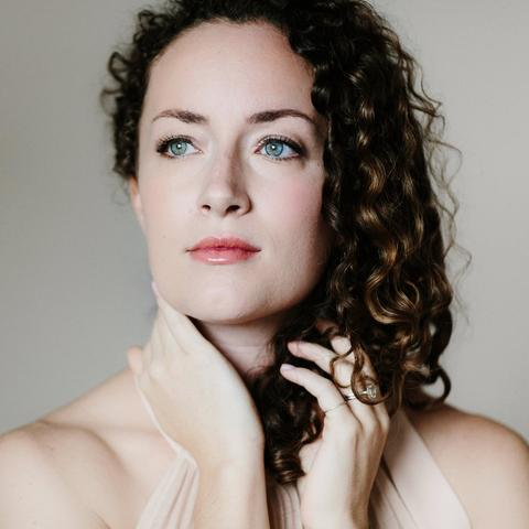 headshot photo of Rachel Sterrenberg