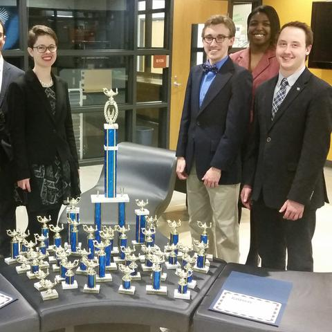 Photo of UK Speech and Debate Team at the Tri-State Invitational Speech and Debate Tournament