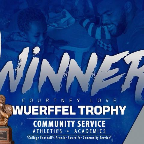 photo of banner of Courtney Love, 2017 Wuerffel Trophy Recipient