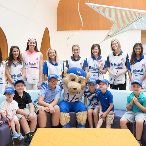 KCH patients with Scratch the UK Mascot and volunteer caddies