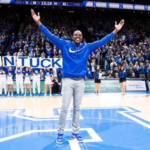 Image of Tony Delk on the court at Rupp Arena
