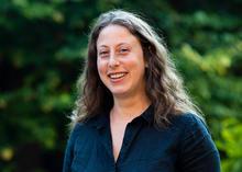 photo of Eve Schneider