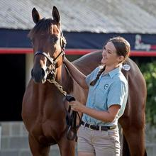 photo of Julie Witt with horse
