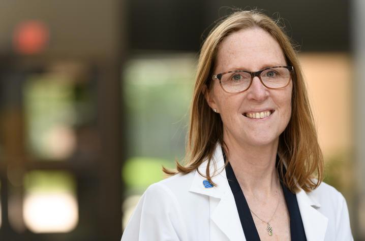 Dr. Susanne Arnold