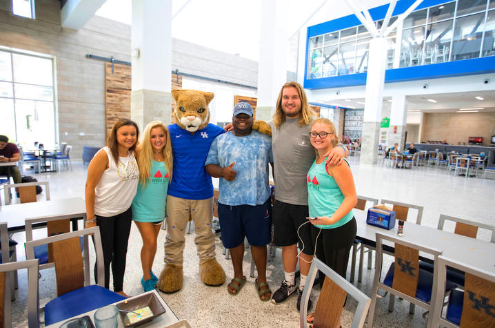 This is a photo of the Wildcat with UK students on the first day of classes.