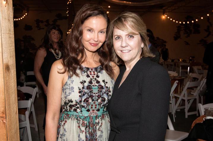 Ashley Judd  and Carol Jordan