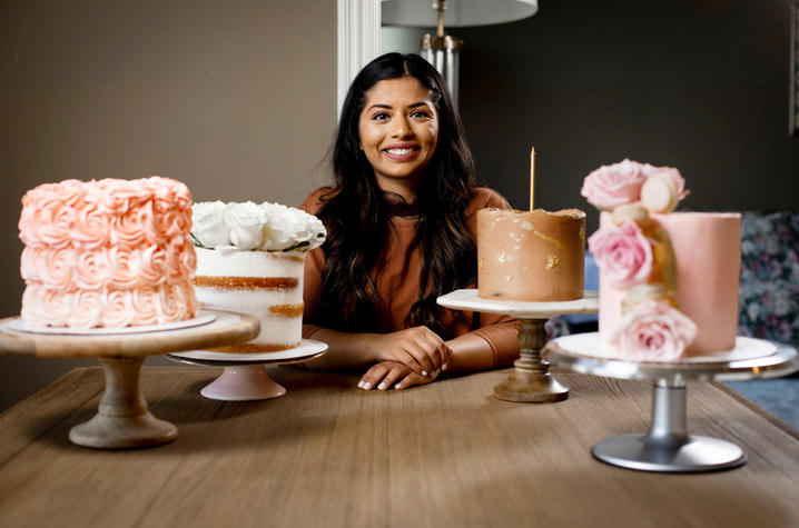 Photo of Aqsa Qureshi with her custom cakes