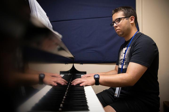 photo of GSA 2019 student playing piano