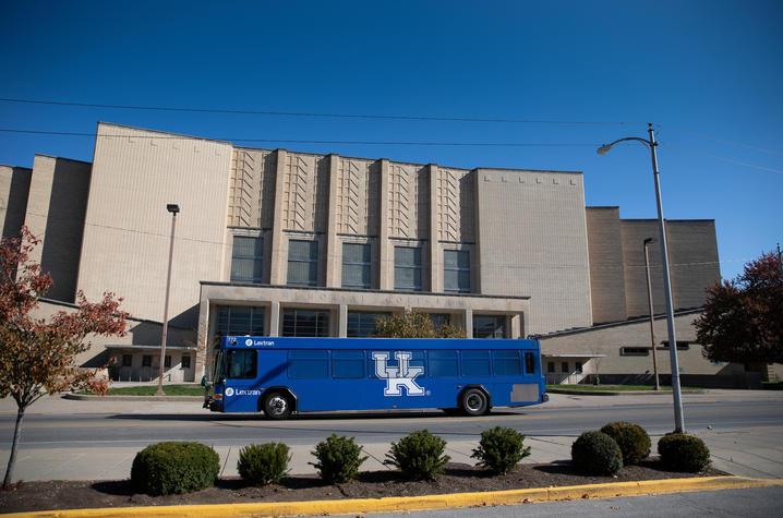 photo of Memorial Coliseum.