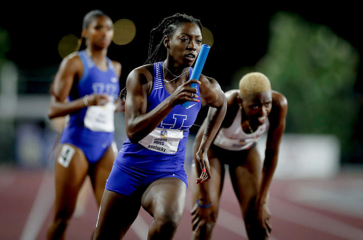 photo of Megan Moss running at 2021 SEC Track and Field Outdoor Championships.