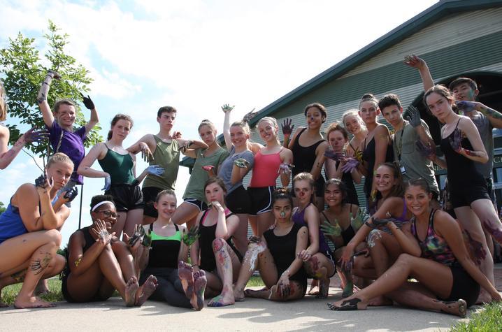 photo of Emma Lucas (pink leotard center) and her fellow dance class members at 2016 GSA