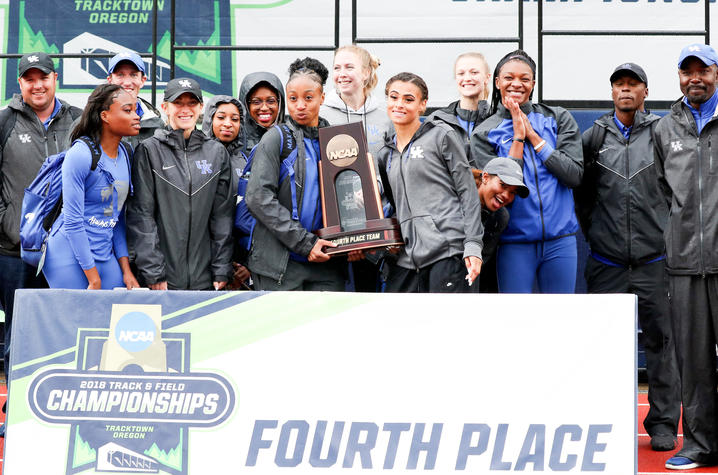 photo of UK women's track and field team