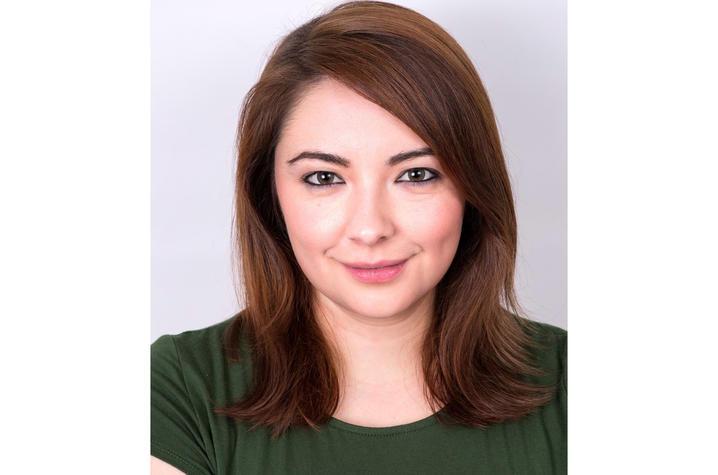 headshot photo of Amanda Lopez
