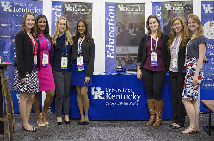 7 students surrounded by University of Kentucky paraphernalia