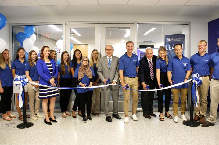 photo of President Capilouto and others cutting ribbon to open Center for Student Philanthropy