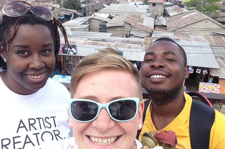 photo of Chelsea Cutright (center) and friends abroad