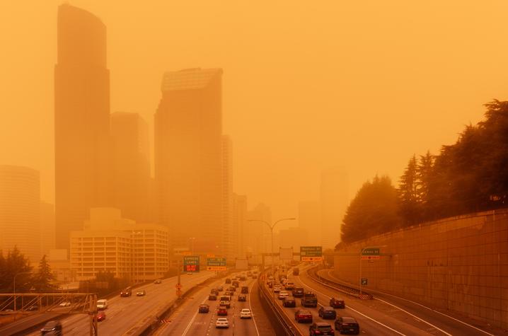 photo of wildfire smoke haze in Seattle