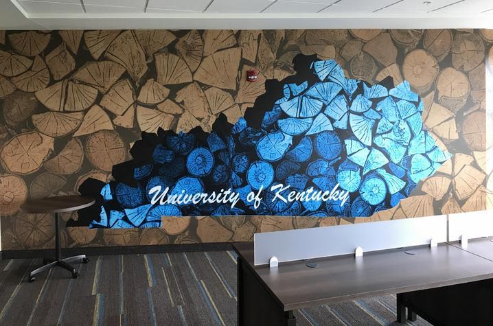 photo of University Flats mural by Jacqueline Sanchez