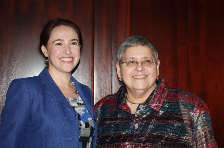 Anissa Radford (L) and Lorraine Garkovich, newest winners of UK's Ken Freedman Outstanding Advisor Award