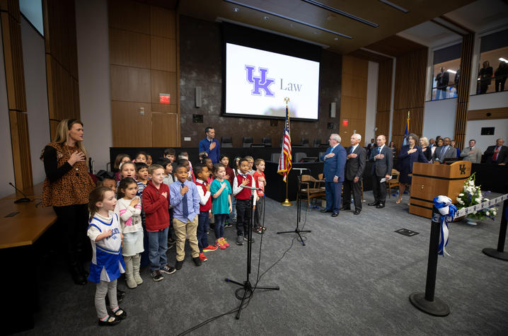 photo of children from Sandersville Elementary School leading everyone in the Pledge of Allegiance.