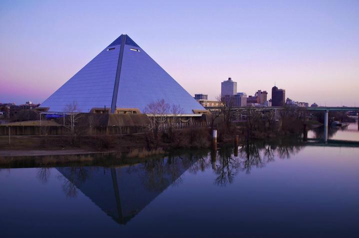 photo of Memphis skyline