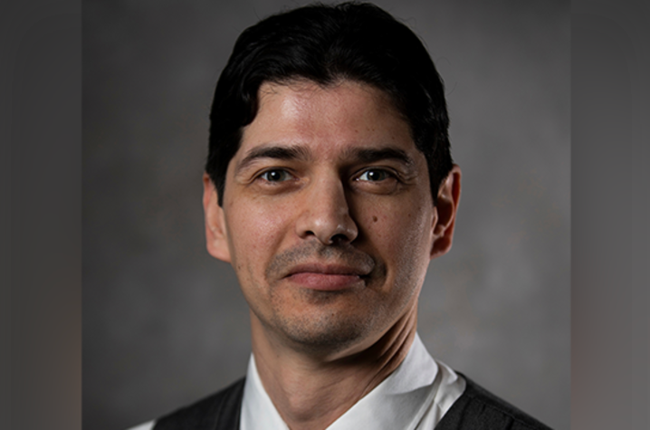 photo of Eduardo Santillan-Jimenez
