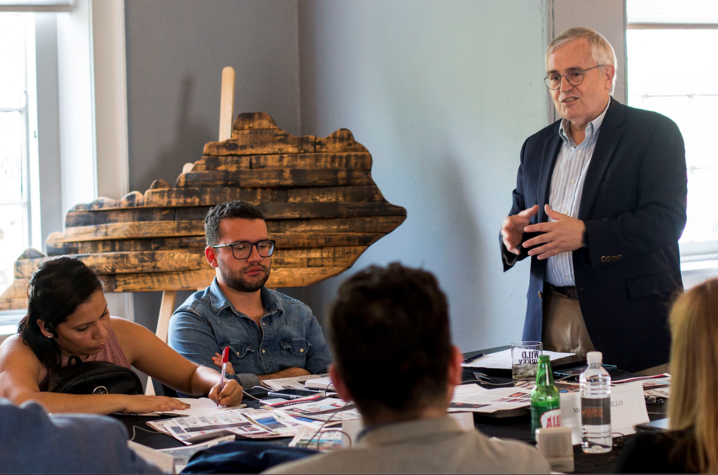 Al Cross speaking to a group of Latin American journalists visiting Bardstown in 2019. Photo by Forrest Berkshire, The Kentucky Standard.